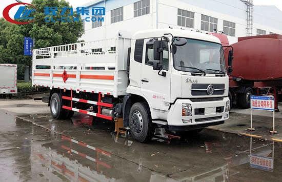东风天锦气瓶运输车(6.6米)