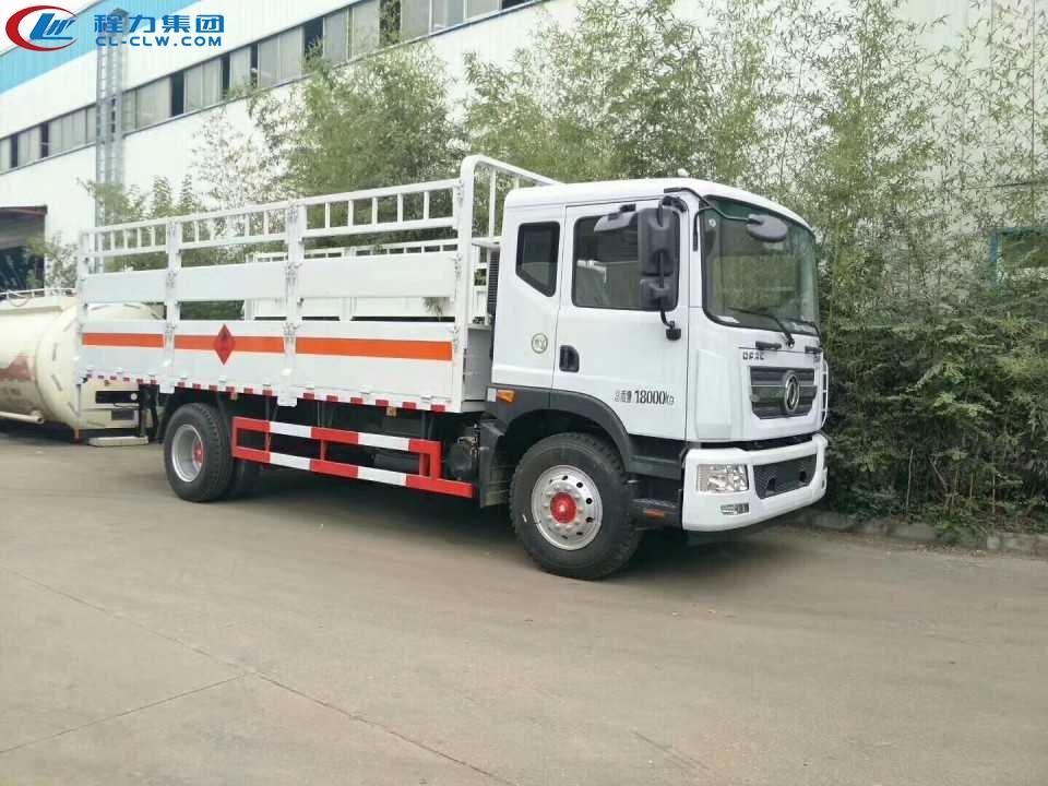 东风D9气瓶运输车(6.2米)