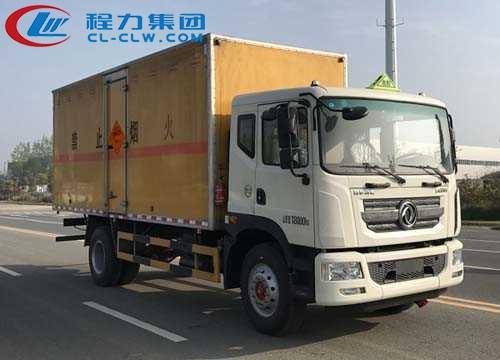东风多利卡D9爆破器材运输车(6.1米)