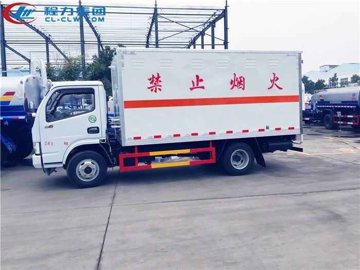 东风小多利卡杂项危险物品厢式运输车(4.12米)