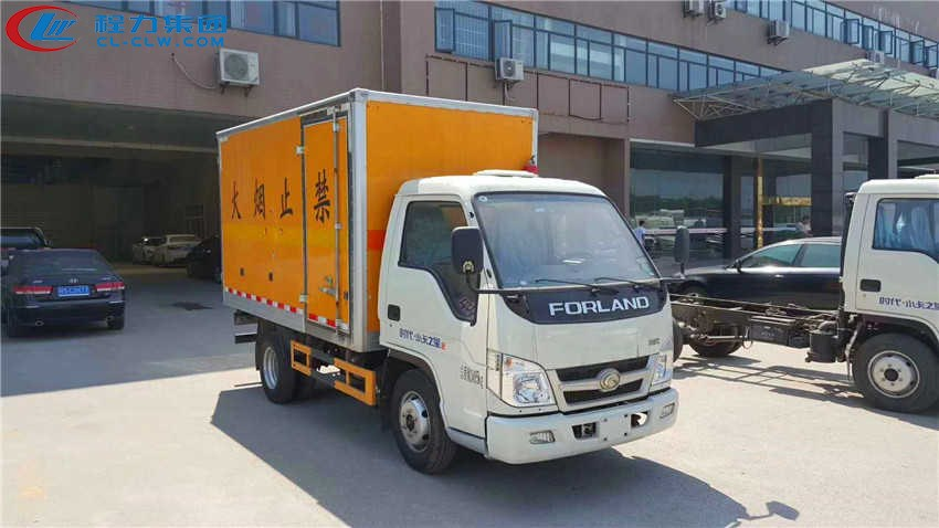 福田小卡之星2易燃气体厢式运输车(3.3米)
