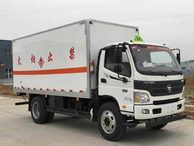 福田欧马可易燃固体厢式运输车(5.05米)