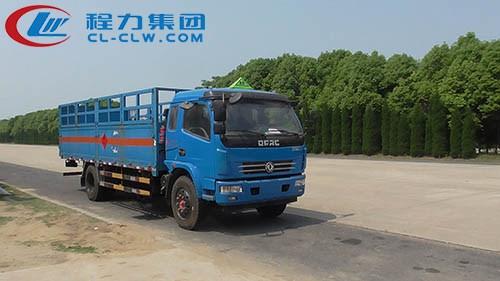 东风多利卡6.5米气瓶运输车(排半)