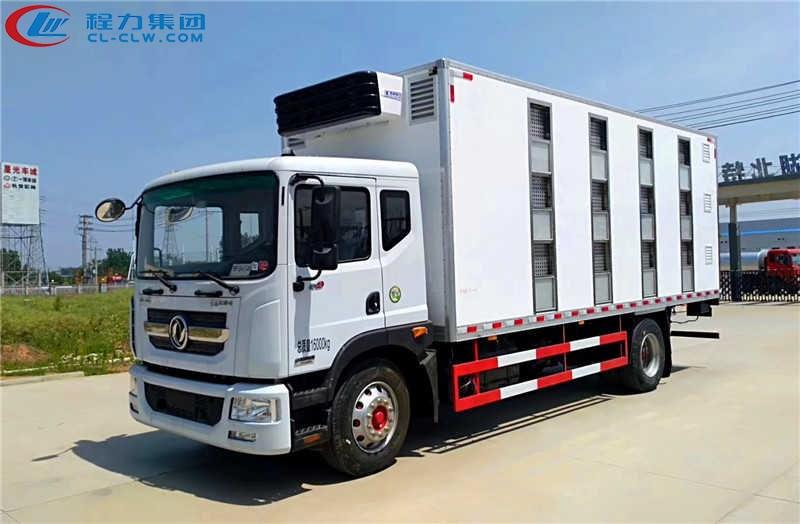 东风多利卡D9畜禽运输车(6.8米)