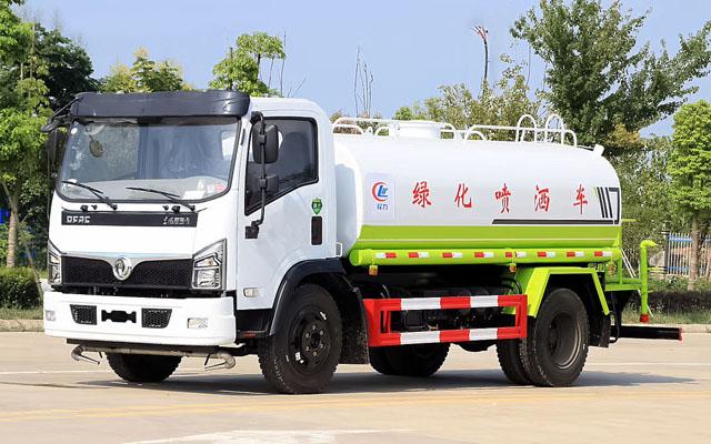 东风福瑞卡国六洒水车(9.2方)