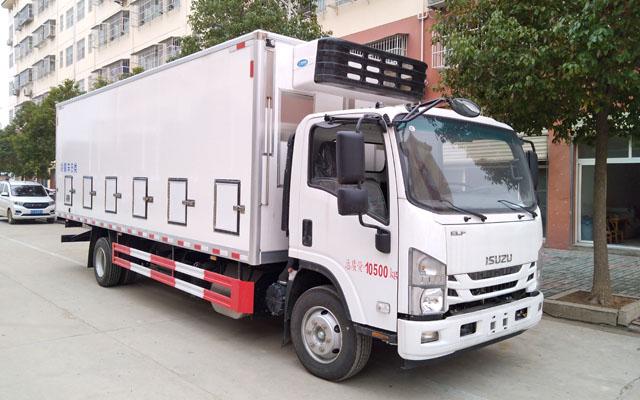 五十铃6.8米鸡苗运输车