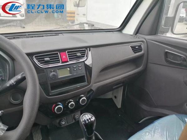 福田祥菱M1冷藏车内饰