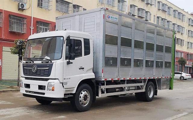 东风天锦铝合金畜禽运输车