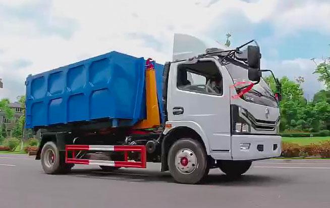 东风多利卡勾臂式垃圾车(7方)