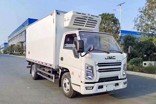 国六江铃蓝牌冷藏车(4.2米)