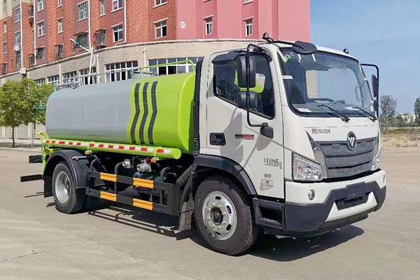福田瑞沃9吨洒水车